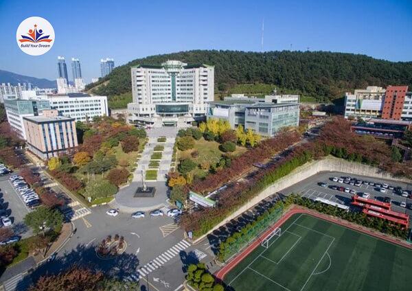 Khuôn viên Trường Đại học Tongmyong